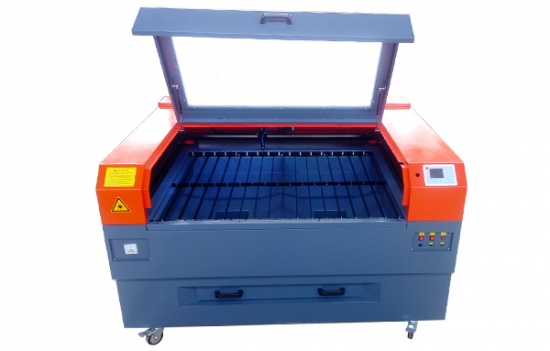 1310 Co2 Laser Cutting Machine