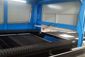 How Laser machine Pallet Changer works and helps to save time ?